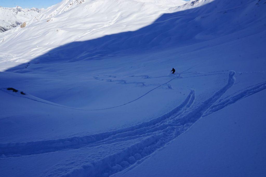 Ischgl: Rechts neben der Piste Nr. 42 vom Piz Val Gronda (2812 m) ins Vesil. Foto: Rainer Krause