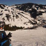 Saalbach: Auf der 7 km langen Jausernabfahrt, unten Vorderglemm