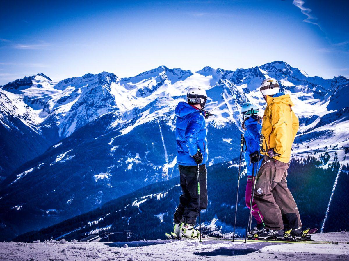 Gasteinertal: Blick auf Skigebiet Stubnerkogel, rechts Schlossalm. Foto: TVB Gasteinertal