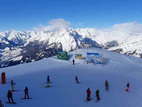 Osttirol, Großglockner Resort Kals Matrei, an der Bergstation der Gondelbahn Kals