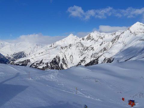 Osttirol, Großglockner Resort Kals Matrei, Abfahrt von Bergstation der Gondelbahn Kals von Cimaross Richtung Kals